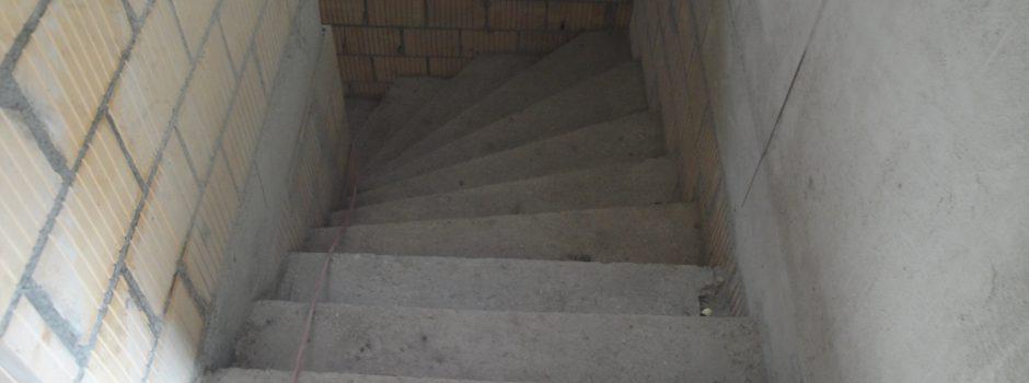 Raiffeisen Umbau/Treppeninnern fertig Betonieren 2012